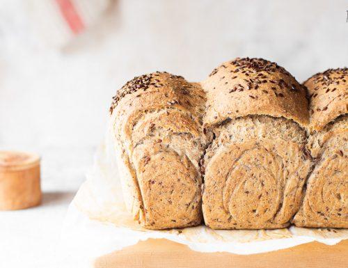 Pane in cassetta ai semi di lino