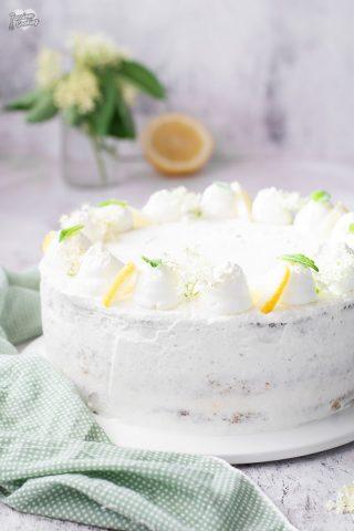Torta con limone e sambuco - fresca e profumata