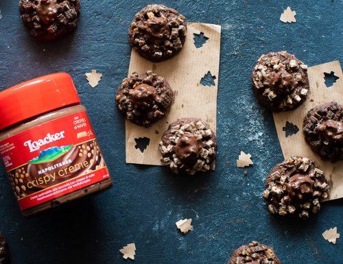 Biscotti al cioccolato ripieni di crema Loacker