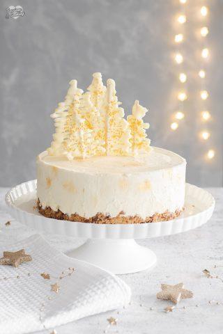 Cheesecake al cioccolato bianco e crumble alle mandorle