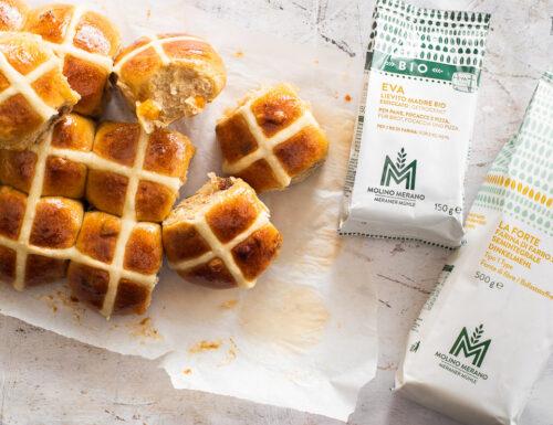 Hot cross buns – panini dolci pasquali