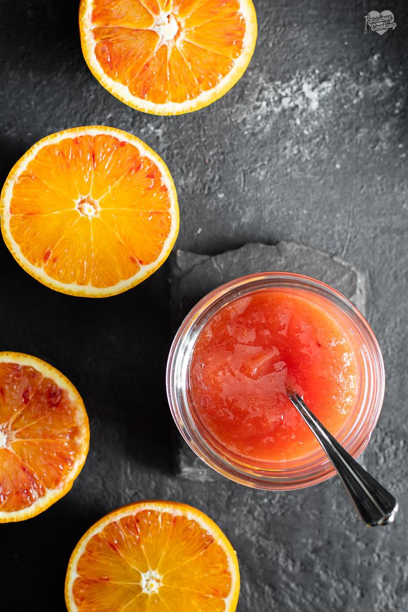 Marmellata di arance aromatizzata alla vaniglia