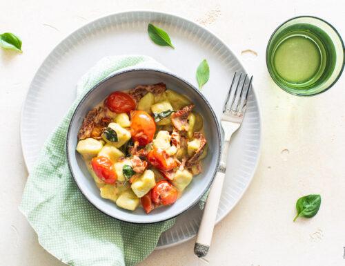 Gnocchi al basilico con bis di pomodori