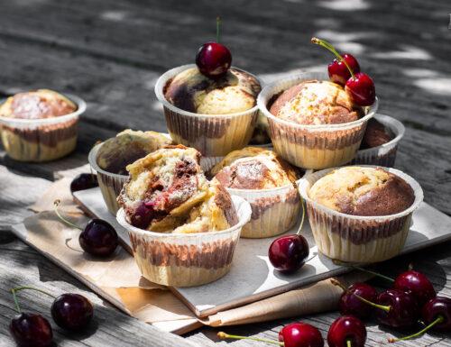Muffin marmorizzati con le ciliegie