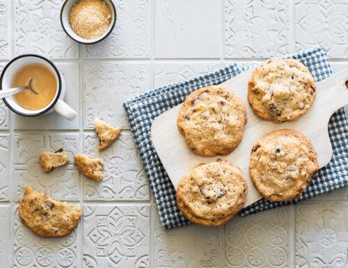 Cookies con noci e cioccolato fondente