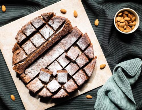 Torta al cioccolato con mandorle e olio di oliva