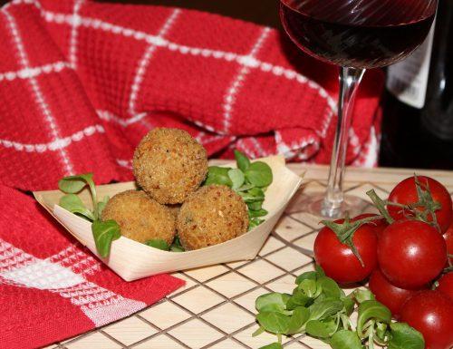 Polpettine di ricotta al patè di olive: idea finger food!