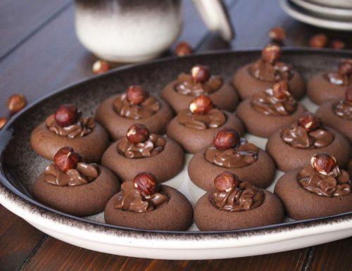 Nutellotti : biscotti alla nutella con cuore cremoso alla nutella