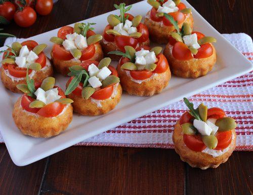 Mini tortine salate alla mediterranea