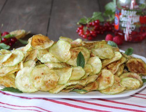 Patatine di zucchine: una tira l'altra!