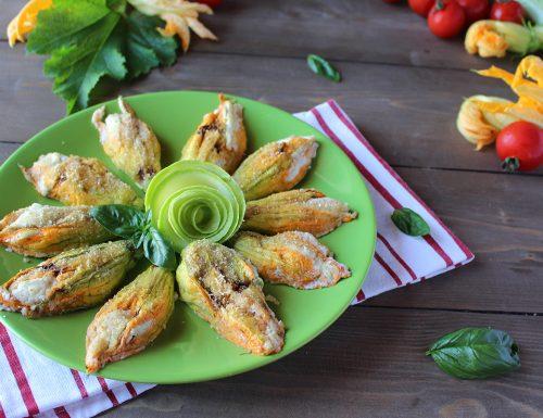 Fiori di zucca ripieni di ricotta e zucchine al forno