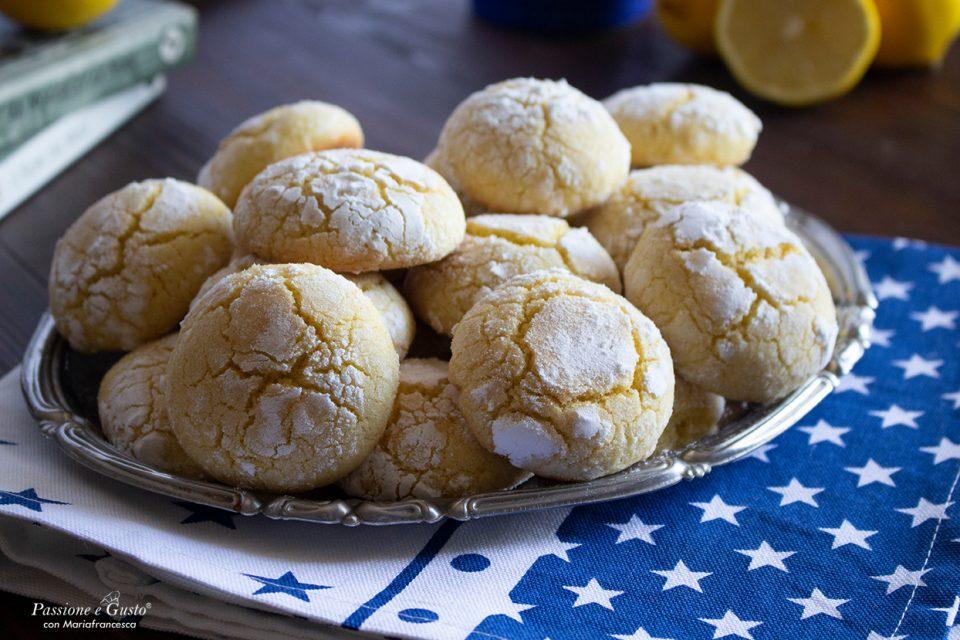 Biscotti di semola al limone (senza burro  e senza latte)