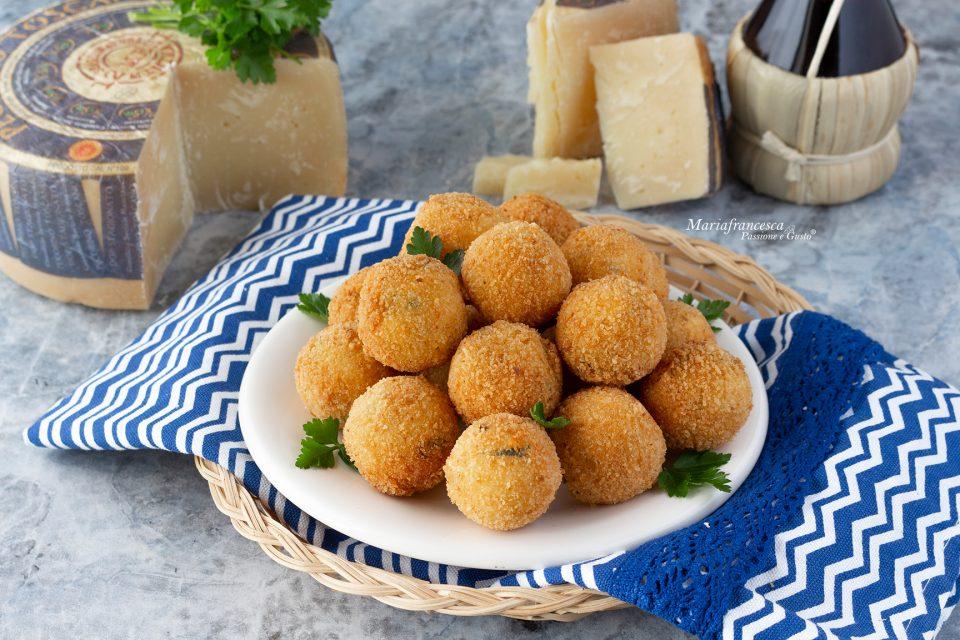 Polpettine fritte al pecorino Toscano DOP (a lunga stagionatura) idea finger food!