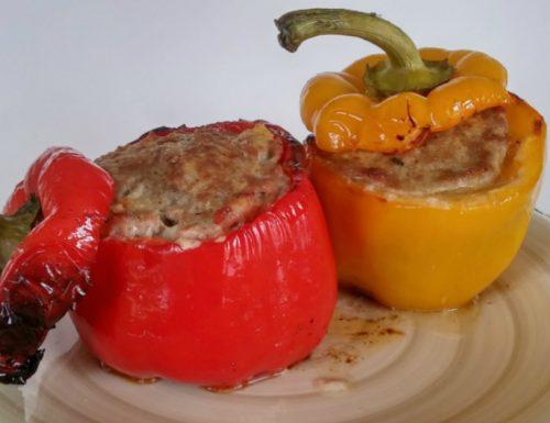 Peperoni ripieni al forno con cuore filante