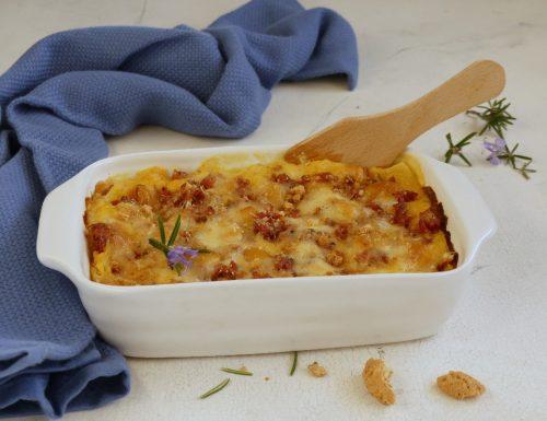 Lasagne alla zucca con crumble di amaretti