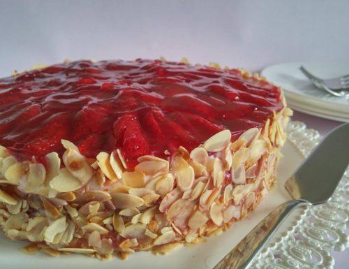 Torta Margherita con crema al formaggio