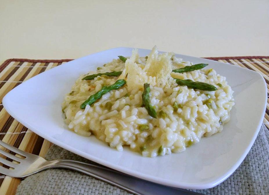 Ricetta Risotto Asparagi Parmigiano.Risotto Agli Asparagi Con Cialda Di Grana