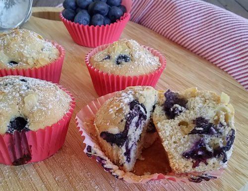Muffin di mirtilli e mandorle