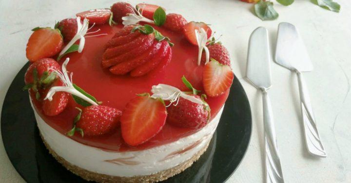 cheesecake variegata alla fragola
