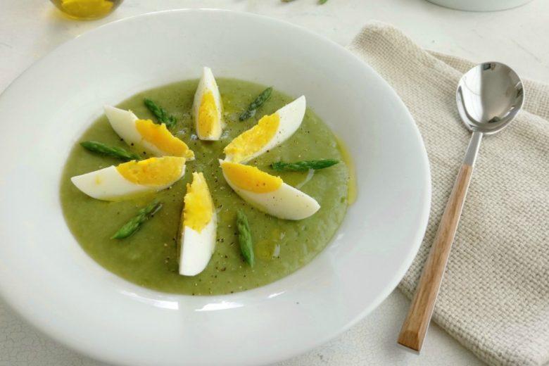 Crema di asparagi e uova