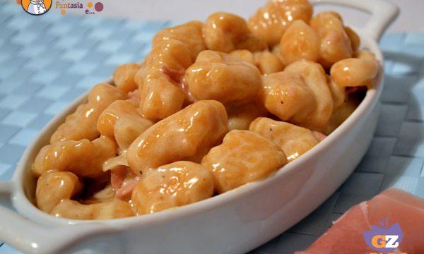 Gnocchi di Zucca con Gorgonzola e Speck