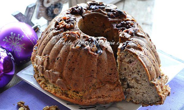 Ciambella con Gorgonzola, Speck e Noci, torta salata