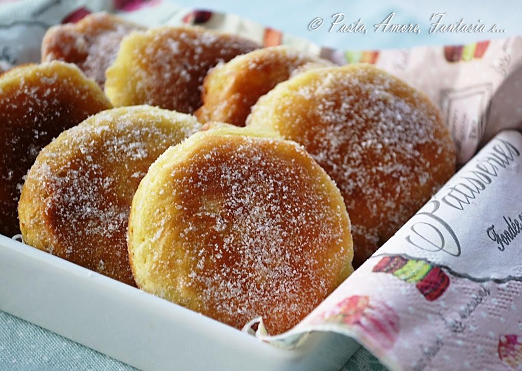 Dolci pratici e veloci da portare in tavola a capodanno for Ricette facili dolci
