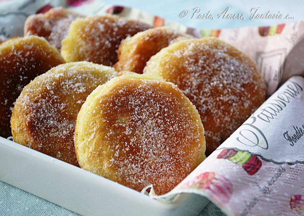 Frittelle veloci dolci ricetta dolce for Ricette dolci veloci