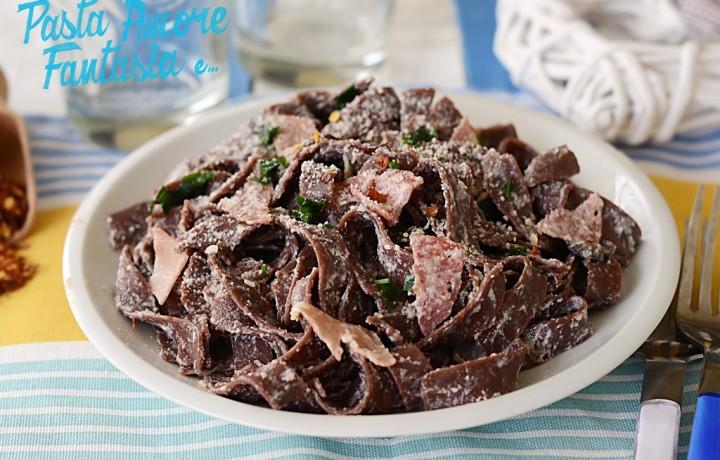 Fettuccine al cacao con Salame e Mortadella, primo piatto