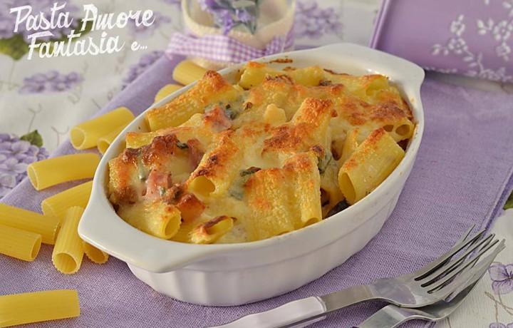 Pasta al Forno ai formaggi, speck e noci