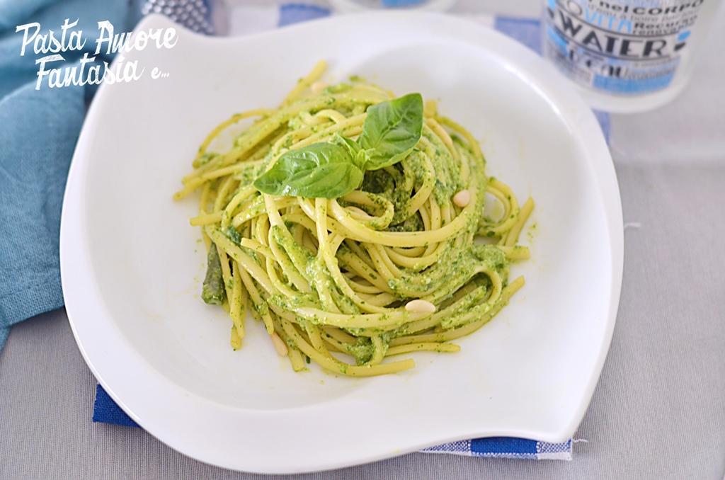 Linguine al pesto genovese, fagiolini e patate