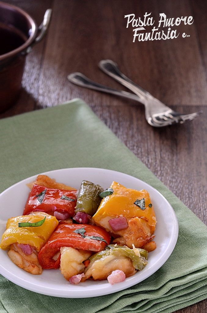 Involtini di peperoni con provola affumicata e pancetta