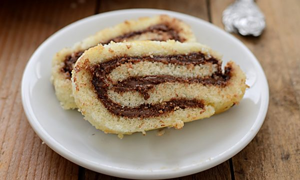 Rotolo alla Nutella, ricetta veloce