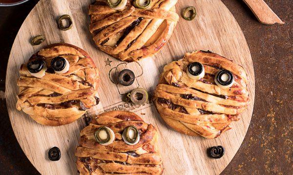 Pizzette Mummia, idea salata per Halloween