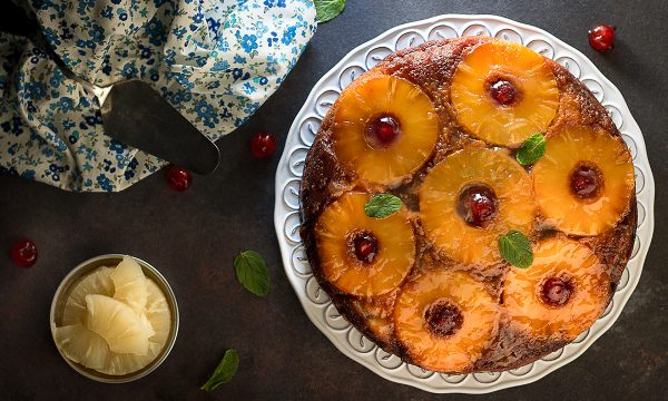 Torta Due Colori Rovesciata all' Ananas