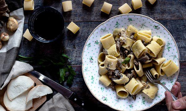 Pasta con Funghi e Scamorza Affumicata