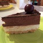 torta al cioccolato bianco e bavarese al fondente