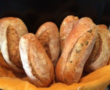 pane  con pre fermento con noci e olive