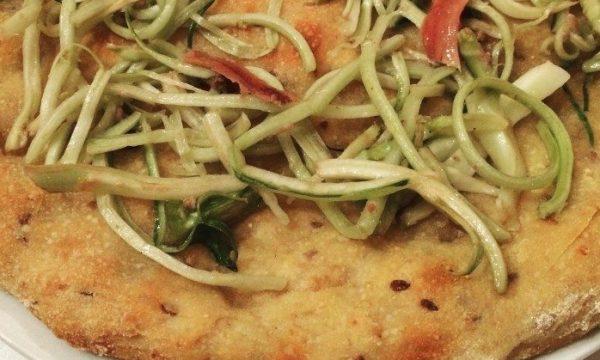 pizza bianca con puntarelle e acciughe