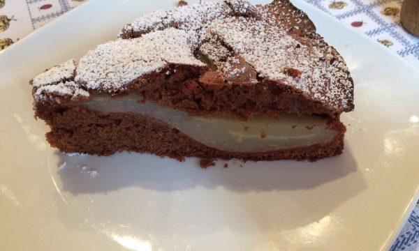 Torta fondente di pere e cioccolato