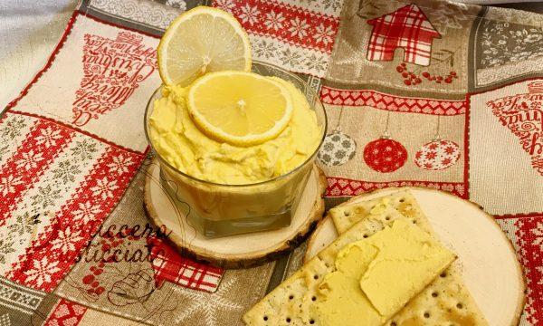 Crema di lupini vegana per crostini o pinzimonio