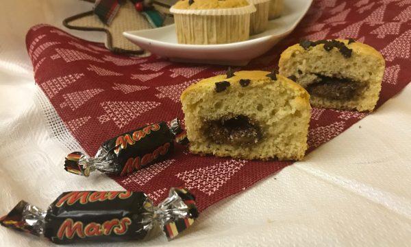 Muffin bianchi con inserto goloso di Mini Mars