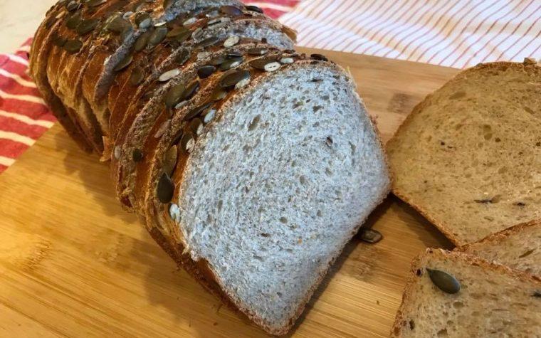 Pan bauletto vegano semi integrale con cereali