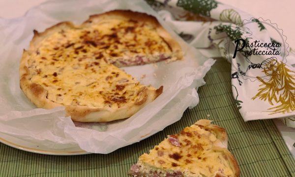 Pizza rustica con ricotta e prosciutto