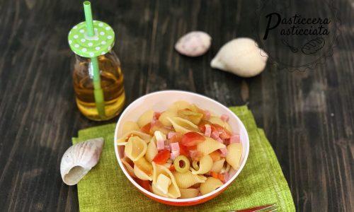 Insalata di pasta prosciutto cotto e feta