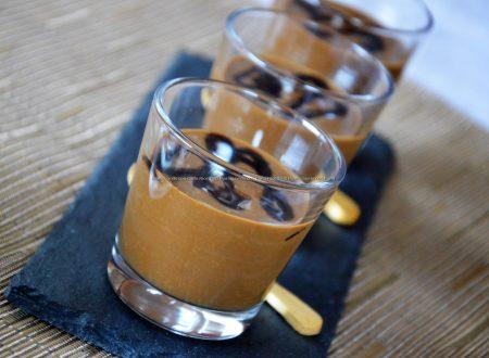 Mousse al caffè fatta in casa