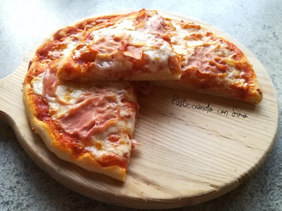 PIZZA IN TEGLIA AL PROSCIUTTO