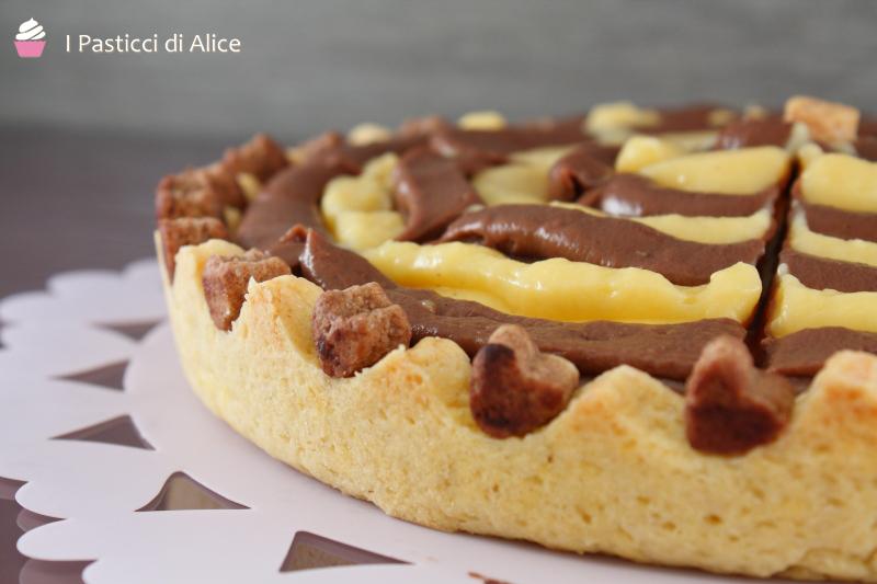 Crostata Bicolore con Crema Pasticcera
