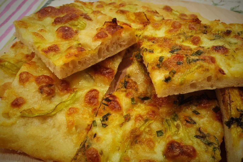 Pizza al profumo mediterraneo