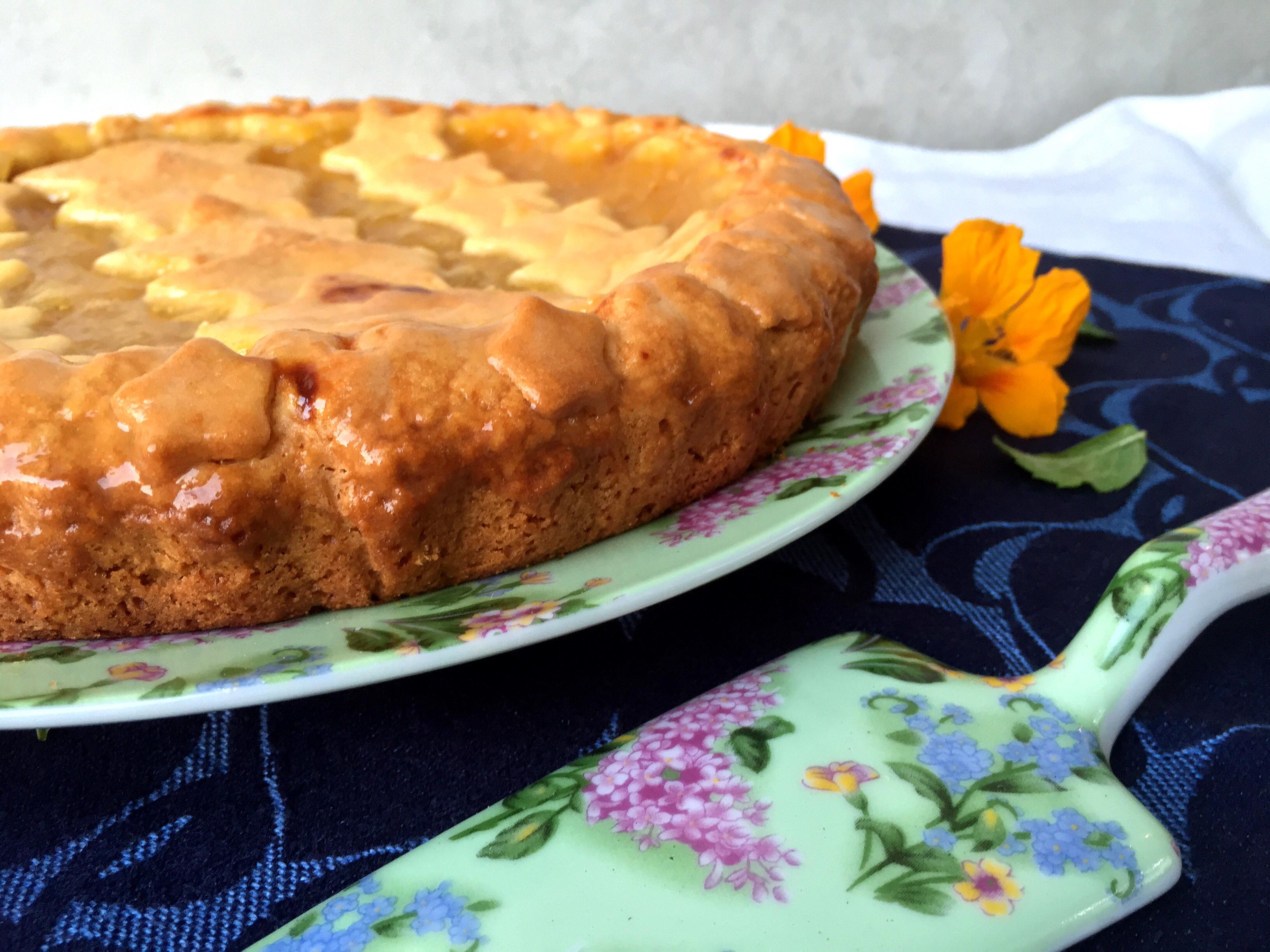 Crostata di farro con marmellata di susine